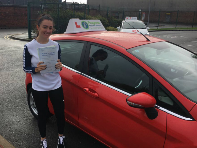 Savannah passed her driving test first time with Progress Driving School.