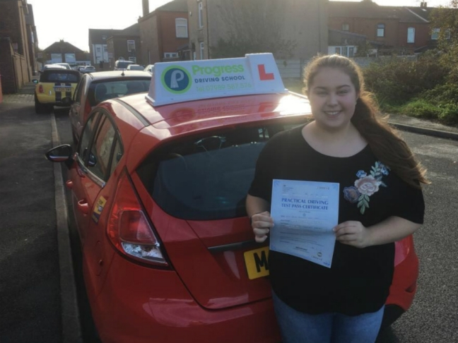 Ellen Lunt-Travis passed first time with Progress Driving School